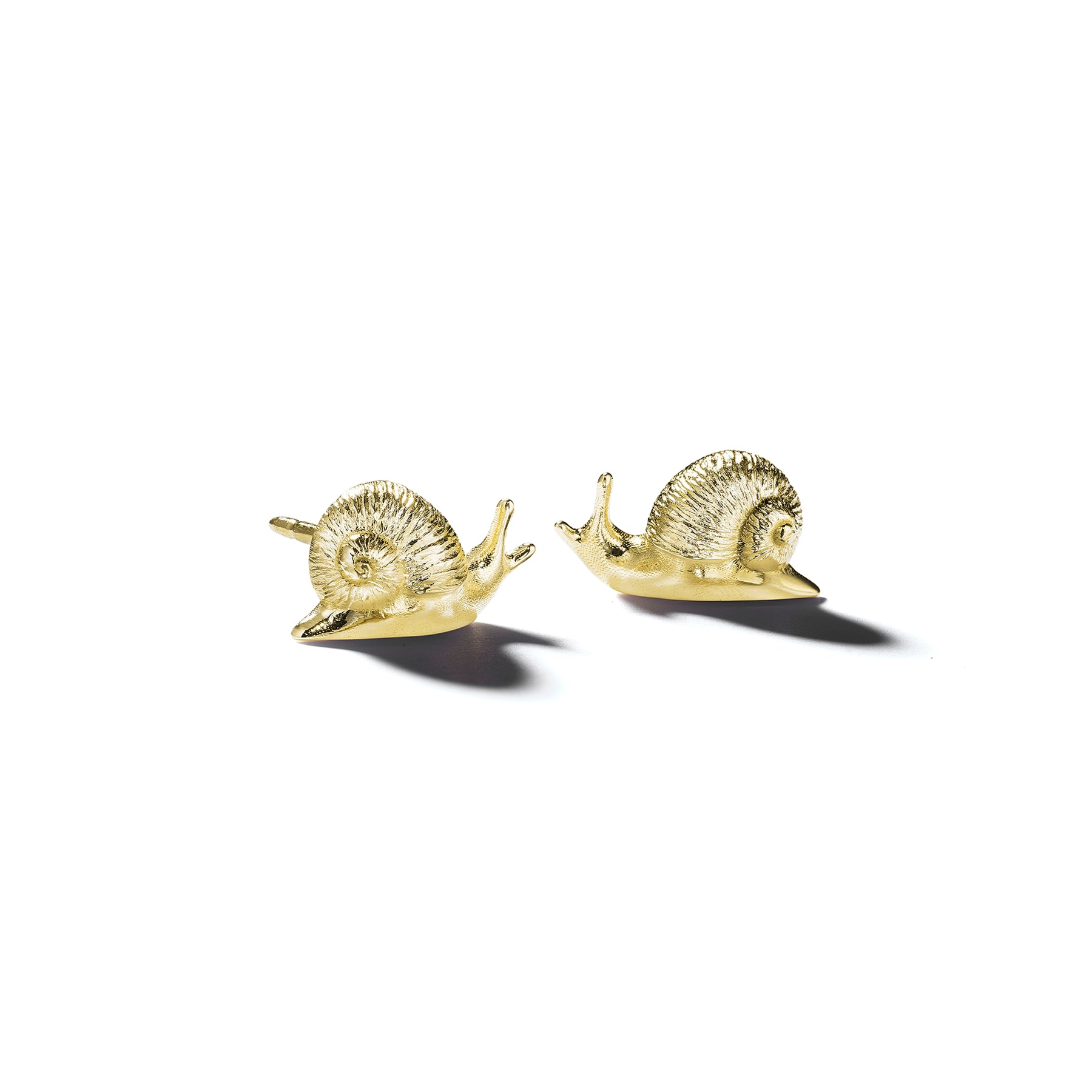 Mimi-So-Wonderland-Snail-Stud-Earrings_18k Yellow Gold
