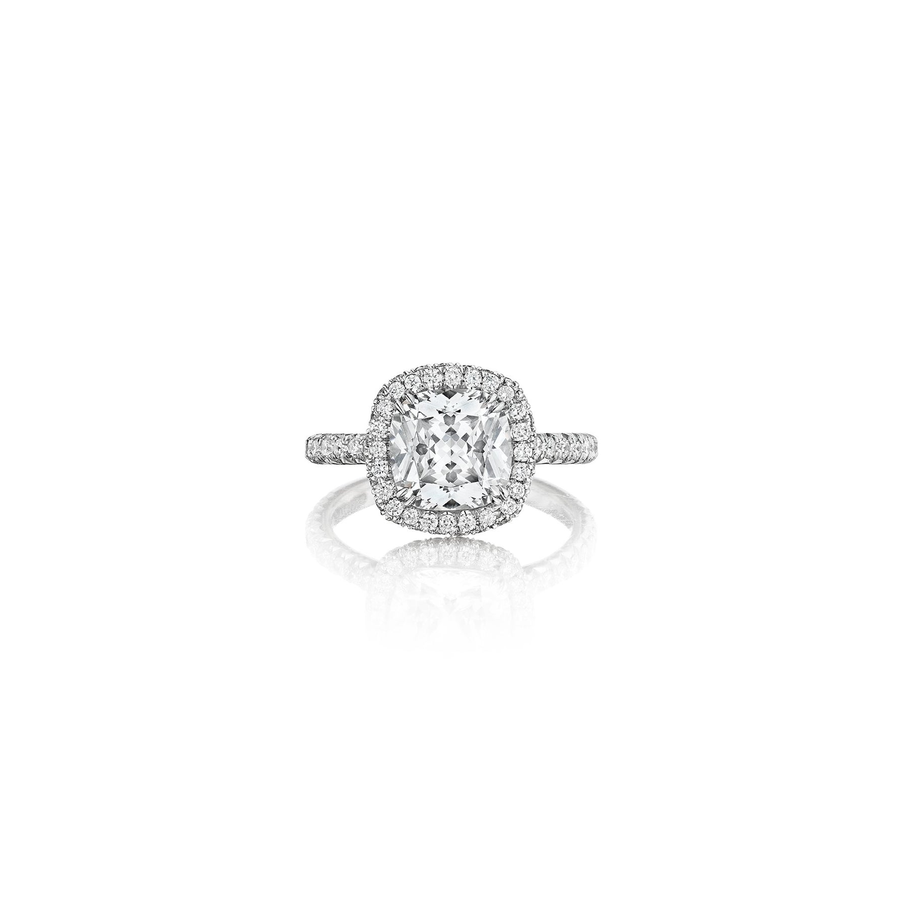 Mimi-So-Rivington-Diamond-Halo-Engagement-Ring_Platinum