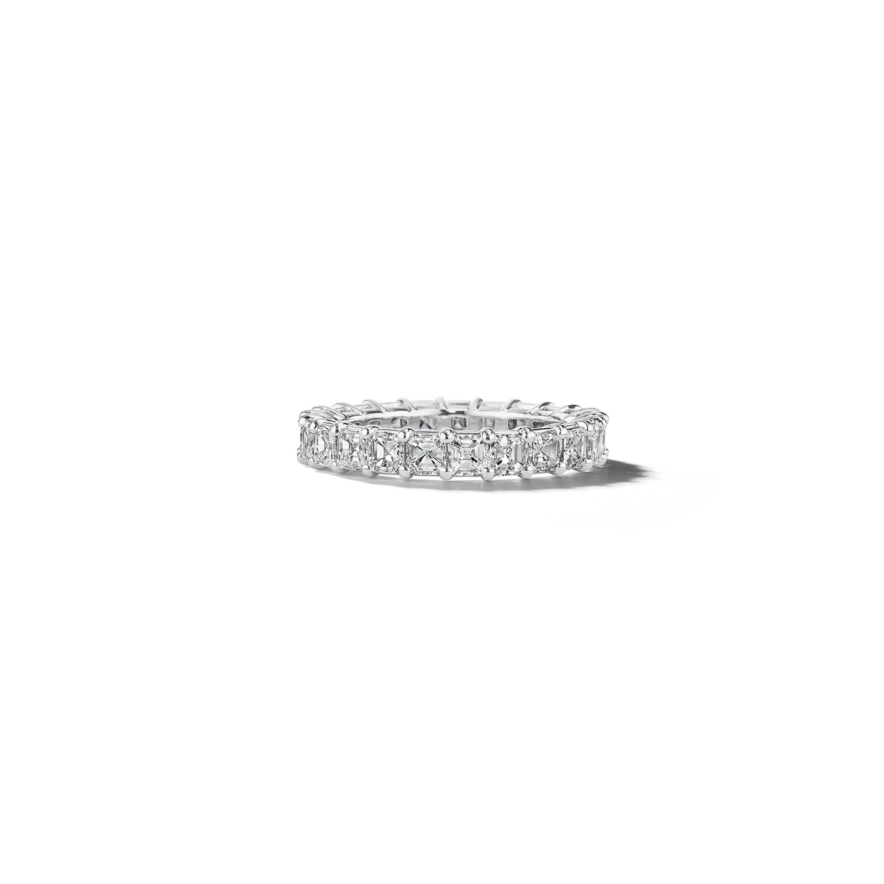 Mimi-So-Bridal-Asscher-Cut-Diamond-Eternity-Ring_Platinum