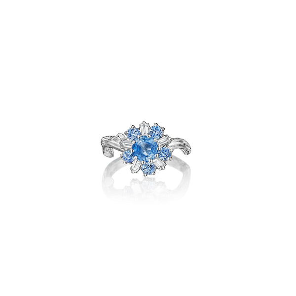 Wonderland Light Blue Sapphire Ballerina Ring_18k White Gold