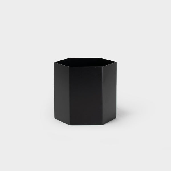 .Ferm Hexagon Pot. L | Black