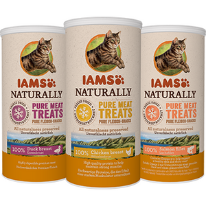 Iams Naturally 100% Frezze Dried Snacks for cats