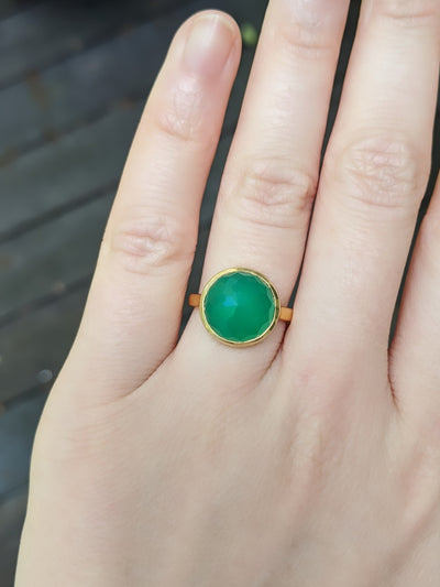 Chrysoprase Gemstone Ring Circle