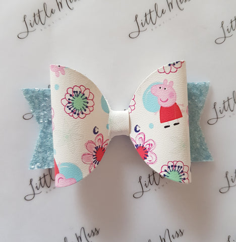 Party Peppa Bow