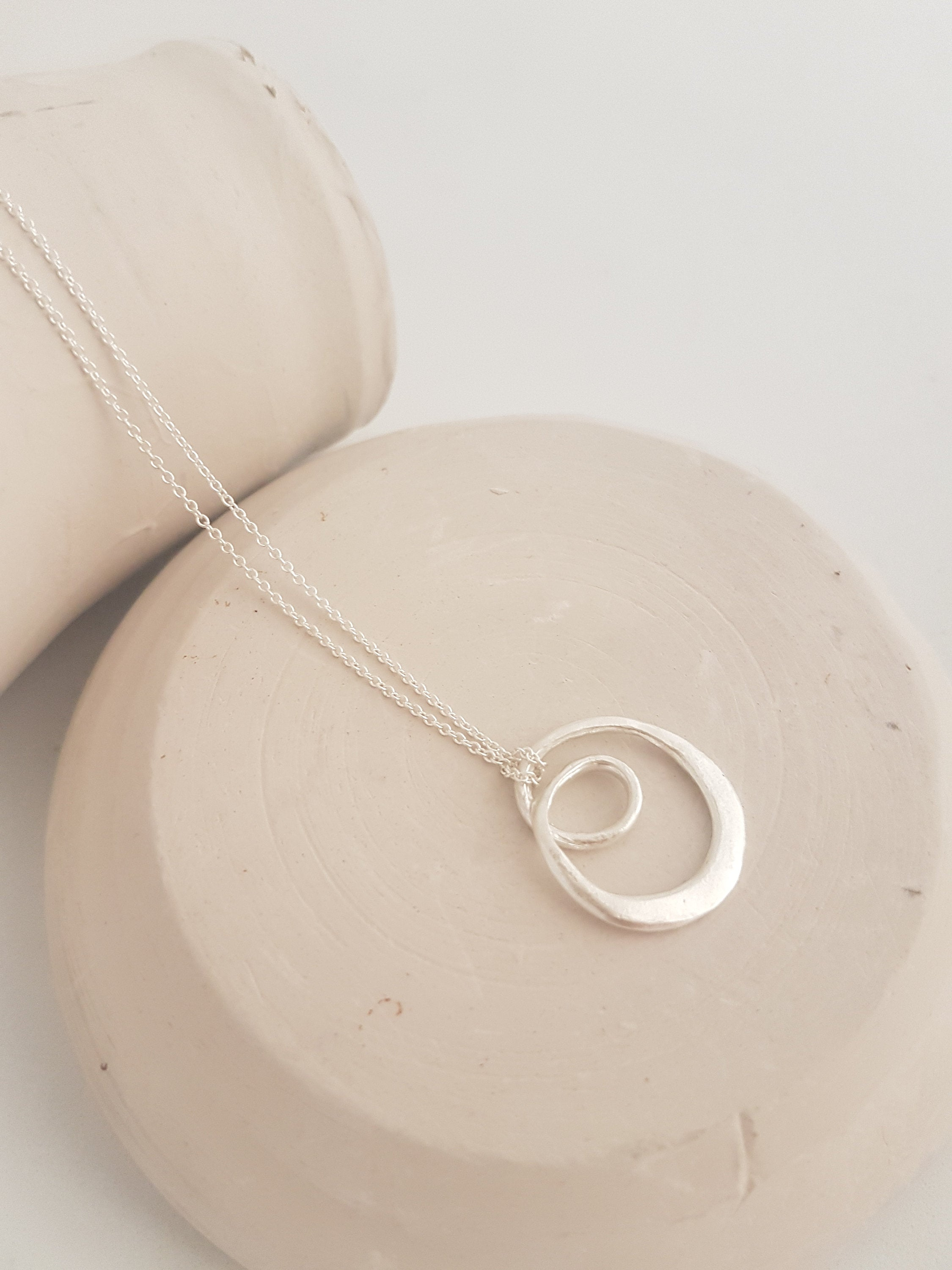 pendant necklace in sterling silver, spiral pendant necklace for woman