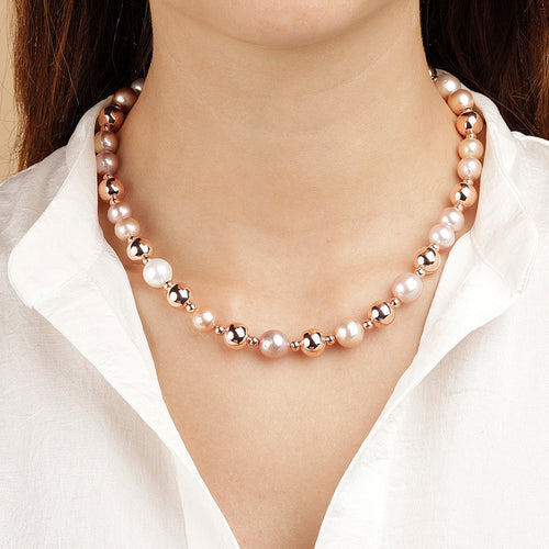 MAXIMA bEADS AND PEARLS NECKLACE - WSBZ01584 indossato