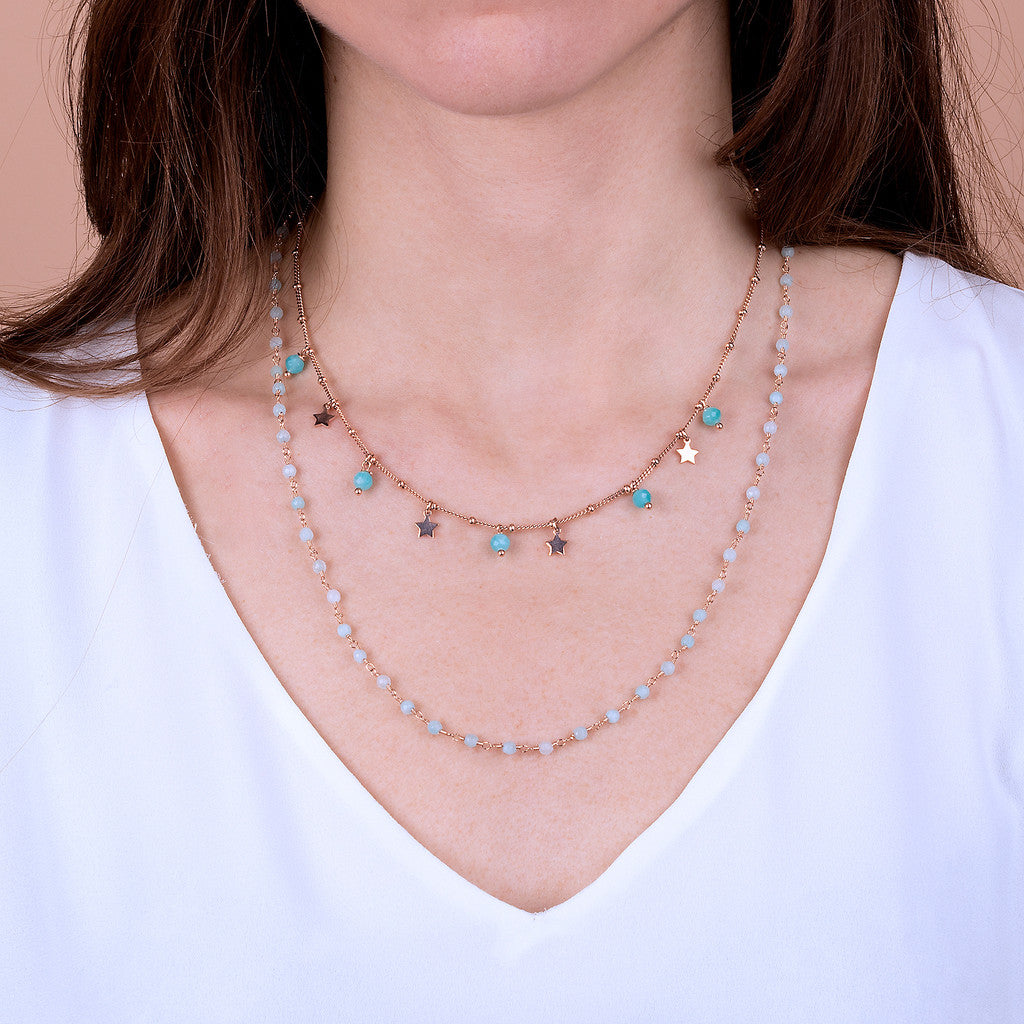 VARIEGATA 2 STRANDS NECKLACE WITH TUORMALINE GEMSTONE - WSBZ01794 con QUARZITE AZZURRA CHIARA indossato