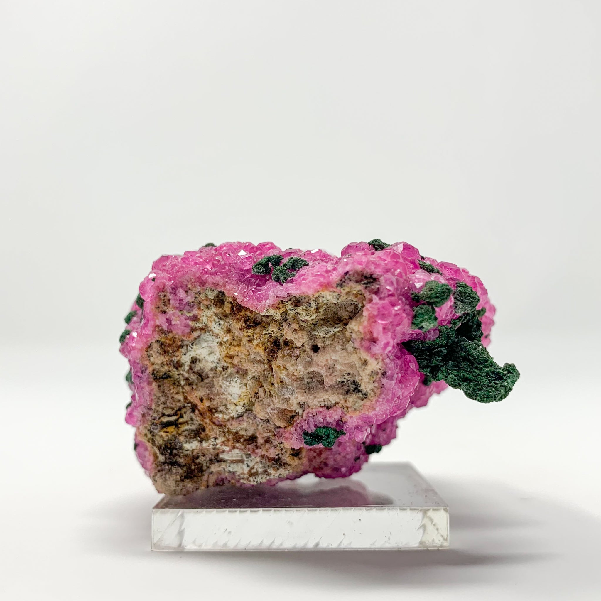 Malachite on Cobaltoan Calcite from the Democratic Republic of Congo