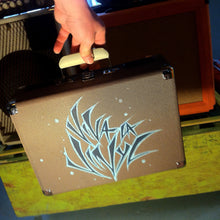 'viva la vinyl' - SUITCASE TURNTABLE (hand drawn)