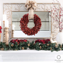 Load image into Gallery viewer, Olive Branch Home Red Christmas Preserved Boxwood Wreath with Gift Box 22 Inch X-Large