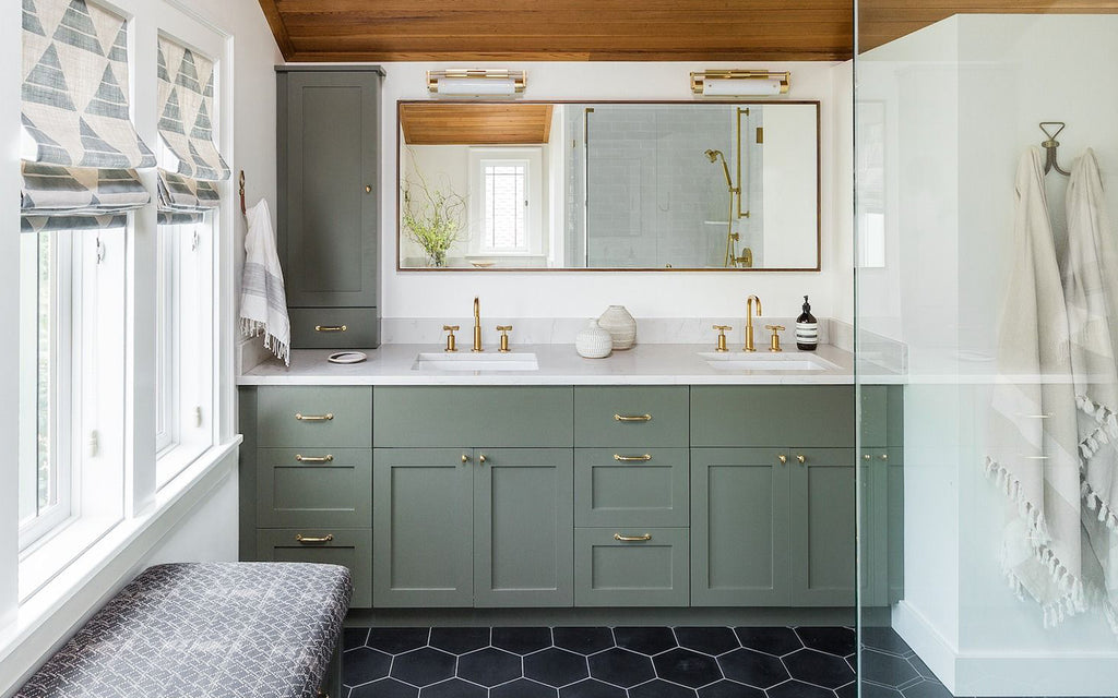 6 Affordable Ways to Update your Bathroom
