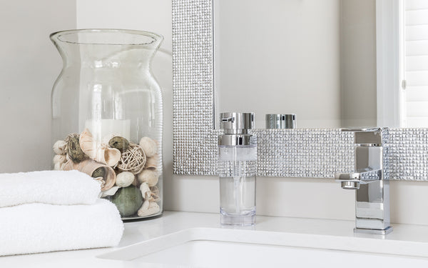 How to Accessorize Your Bathroom Like An Interior Designer