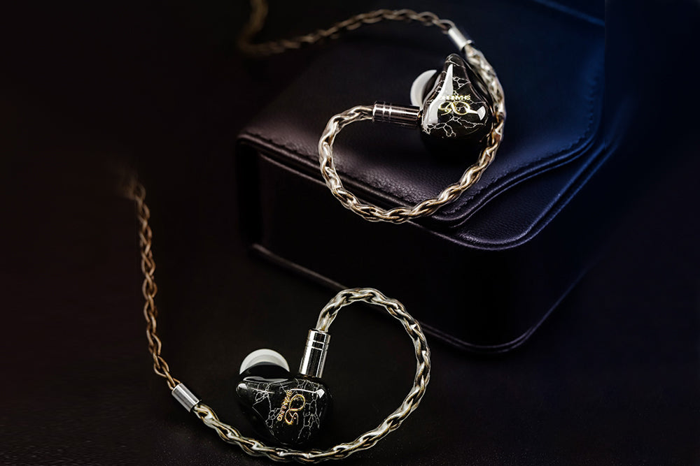 SHANLING ME700 1DD+4BA Hybrid High-End Earphones With 2.5/3.5/4.4mm Connectors