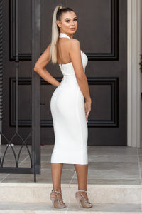 UNIQUE – White Dress