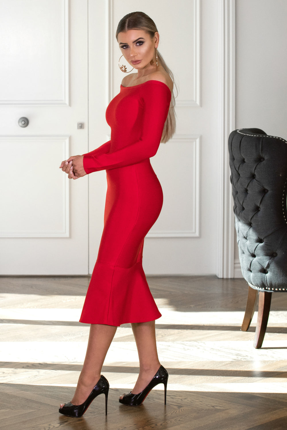 VIXEN- Red Dress | Jindigo Babe Melbourne