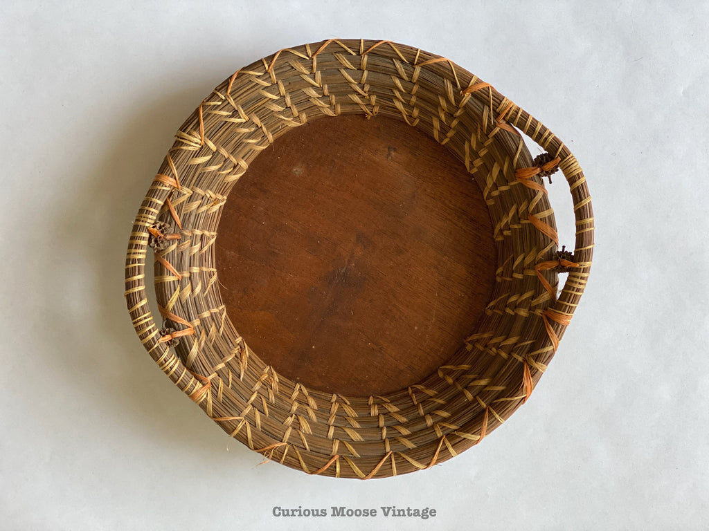 SouthEastern Native American Pine Needle Basket. Coushatta Indian Pie Plate Basket.