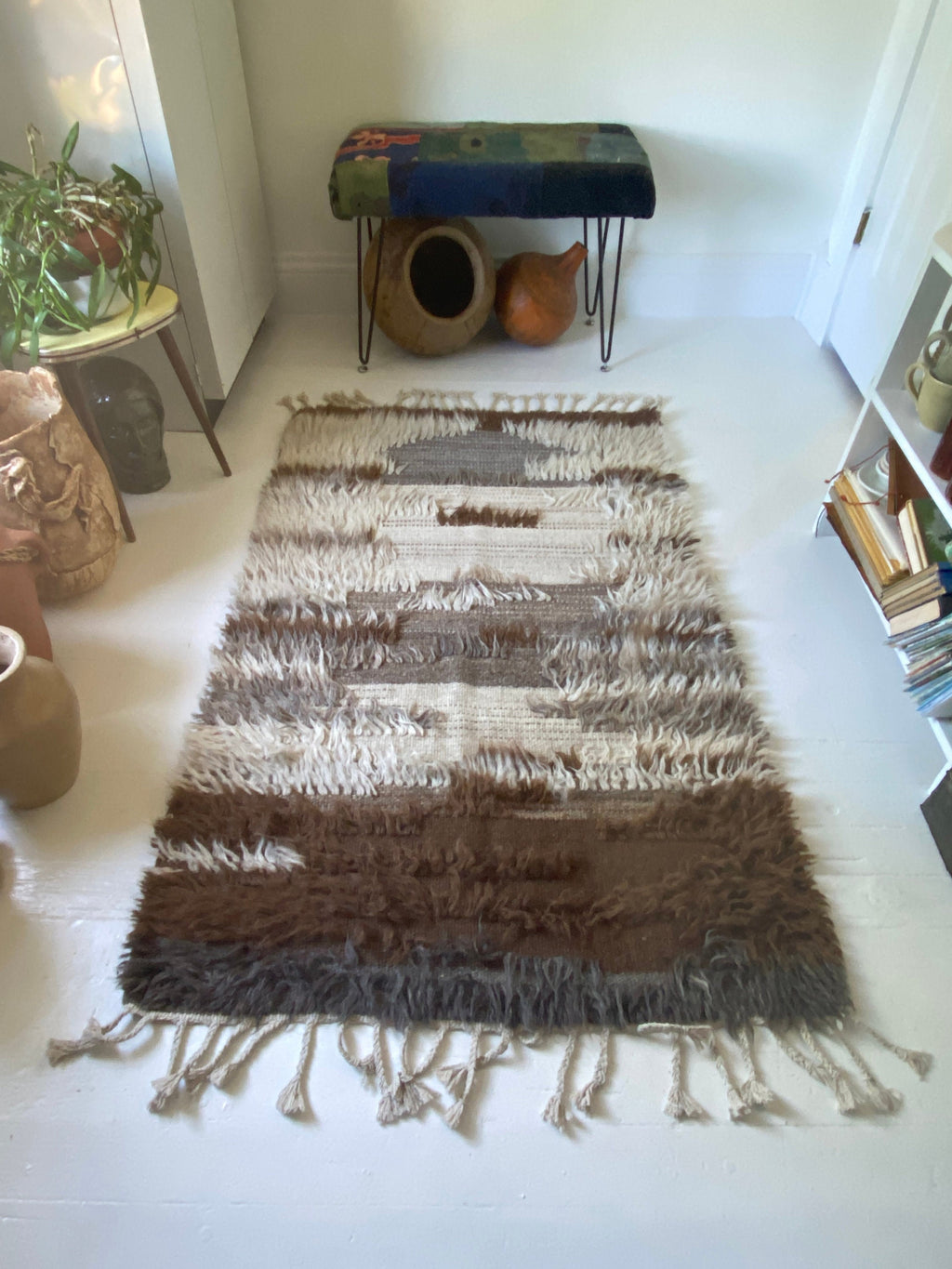 Contemporary Shaggy Wool  Rug