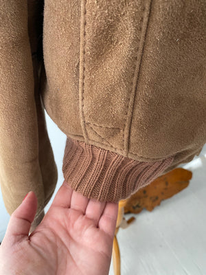 80's Men's Sheepskin Shearling Bomber Jacket. Made in U.S.A. Size 40