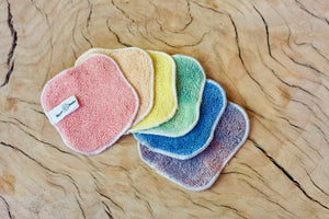 Amrita Rainbow face cloth set.