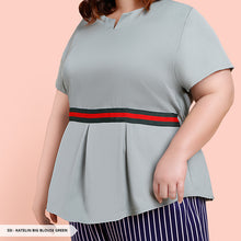 Load image into Gallery viewer, Y&F Katelin Plain Pleated Big Blouse