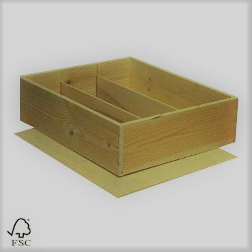 WKM Wooden Case for 3 bottles with staples lid