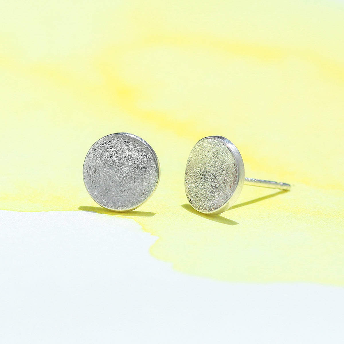 18a8a699a SILVER ICED FINISH ROUND STUD
