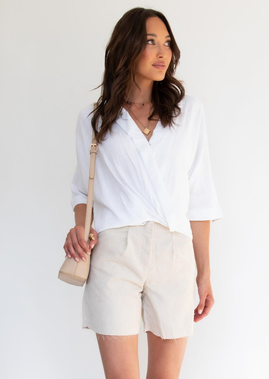 IRENA WHITE LINEN TOP - Saphyra Boutique