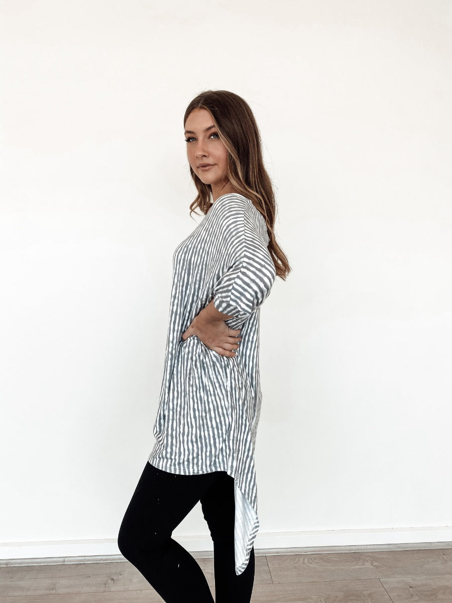 BASIC GREY BATWING PRINTED TOP - Saphyra Boutique
