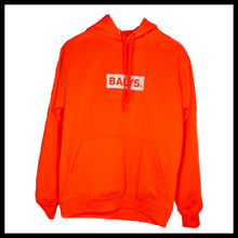 Laden Sie das Bild in den Galerie-Viewer, BALYS BOX Hoodie - Neon Orange