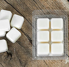 Load image into Gallery viewer, APPLE MAPLE BOURBON SOY WAX MELTS