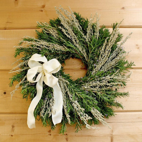 Lacy Fragrant Wreath