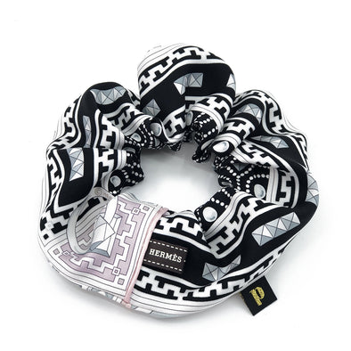 Hermès Scarf Scrunchie made from 'Colliers de Chiens' Pink & Black