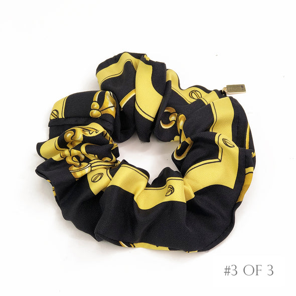 Hermès Vintage Scarf Scrunchie made from 'Mors et Gourmettes' in Black
