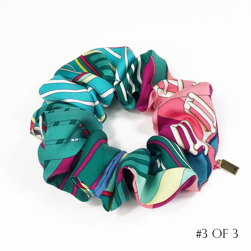 Hermès Vintage Scarf Scrunchie made from 'Sangles en Zigzag'