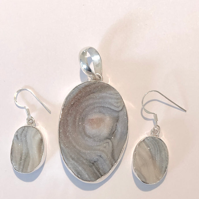 Gray Desert Druzy Pendant and Earrings Set