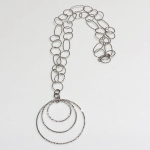Sterling Silver Triple Circles Wire Necklace.