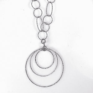 Sterling Silver Triple Circles Pendant Necklace.