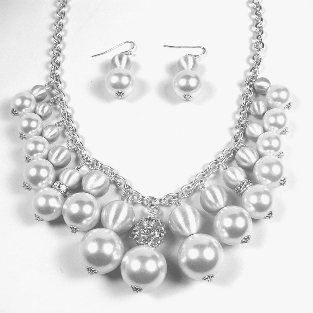 Faux Pearl Cluster Necklace Set