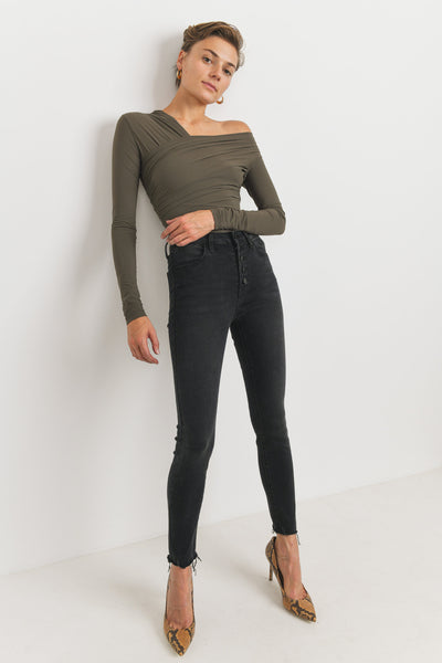 JUST BLACK | Sydney High Rise Jean