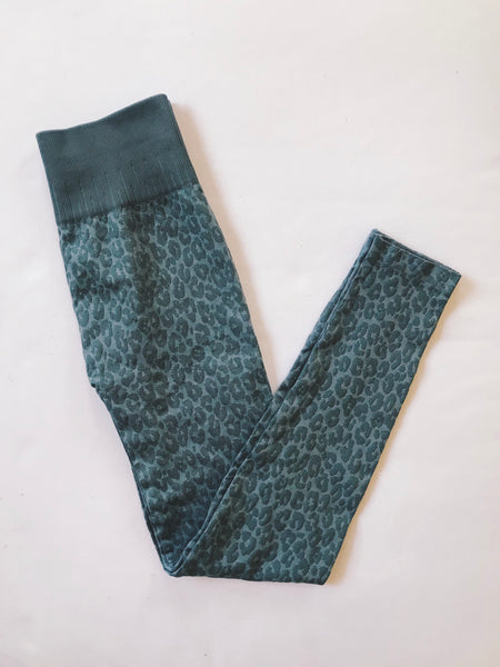 Lee Lee Leopard Legging