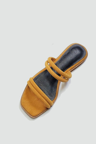 flat slide sandal camel top