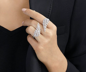 Messika Angel Between The Fingers Diamond Ring