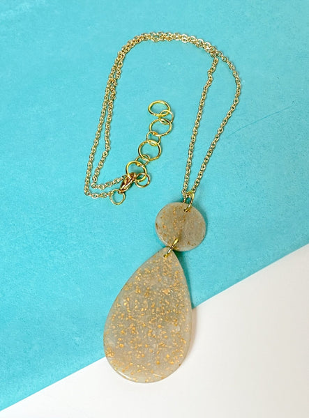 Cream and Gold Pendant Necklace