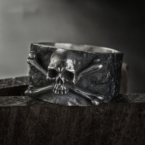 Crossbones Skull Ring - Red Rocket Brand