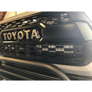 "Behind the Grille Light Bar Mount & 32"" Light Bar Combo"