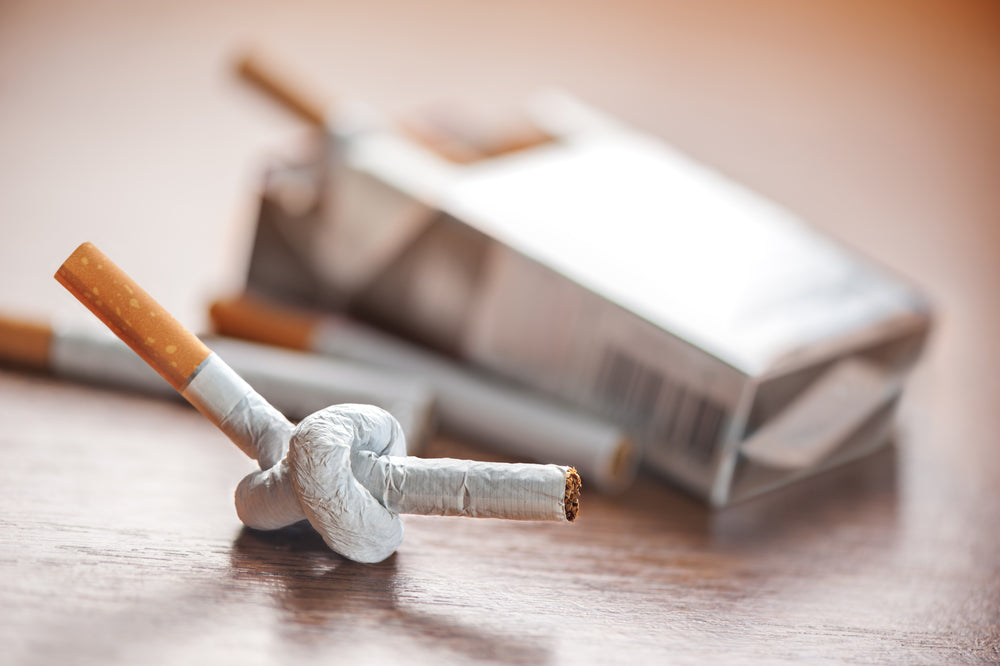 Smoking & Joint Pain – Why Do Smokers  Have More Aches And Pains?