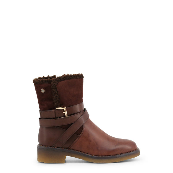 Sturdy brown boot
