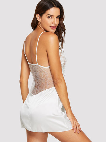 Nightwear - Women's Trendy Appliques Contrast Lace Slips With Random Color Thong