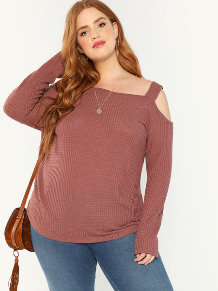 7a7ed8c1e11dd Shop Plus Size Tops for Women at Fashiontage