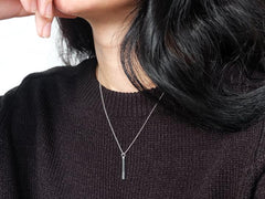 SQUARE BAR NECKLACE
